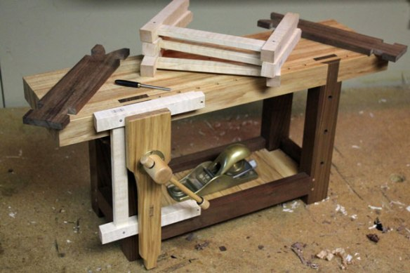 roubo workbench, Lake Erie Toolworks, leg vise