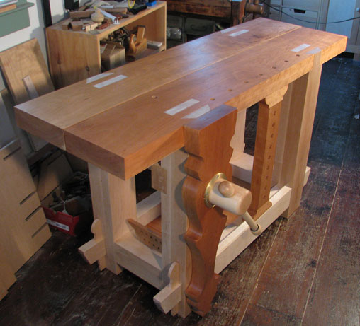 Lake Erie Toolworks, Roubo Workbench, Leg Vise, Wooden leg vise