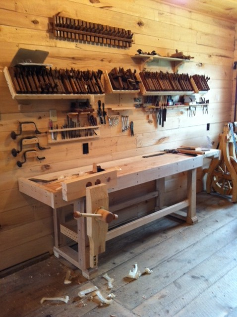 Lake Erie Toolworks, Traditional Workbench, leg vise, wood vise