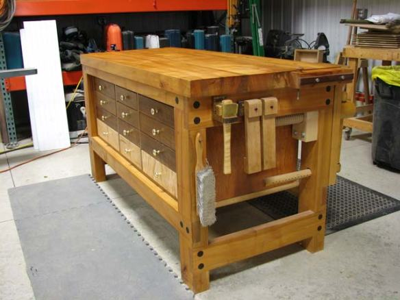 Lake Erie Toolworks, Roubo Workbench, Shaker Style Workbench, Leg Vise, Wooden Vise