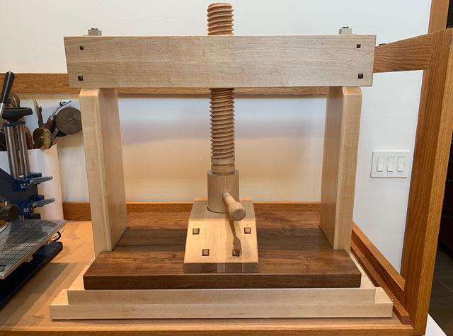 Lake Erie Toolworks, Wood Vise Screw, Book Press